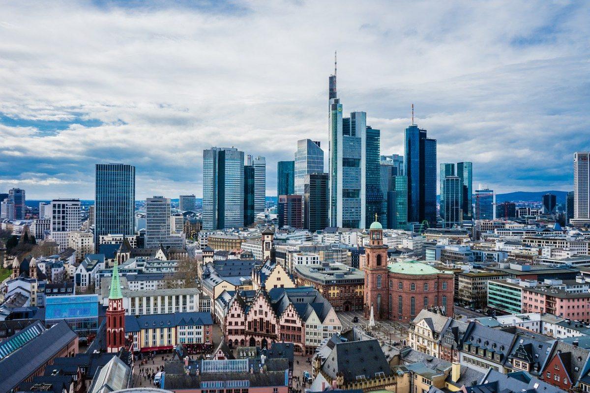 ЕБРР спрогнозировал падение ВВП России на 4,5% по итогам года